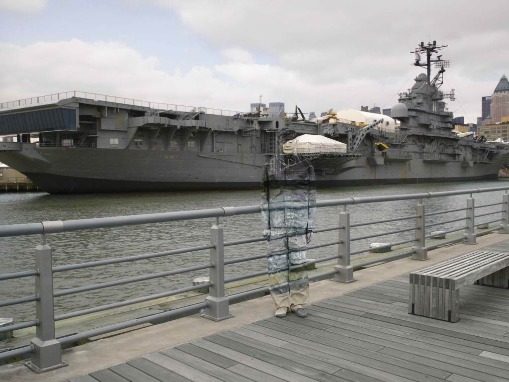 Liu_Bolin_Hiding_in_New_York_No.6_Intrepid_photograph_2012-2bcc8912aa5fe818