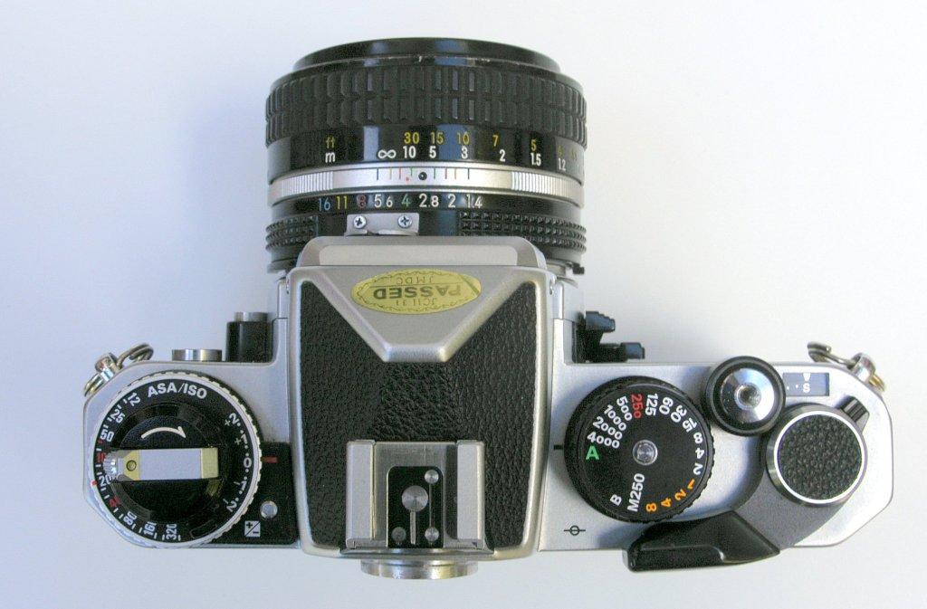 Nikon_FE2_2