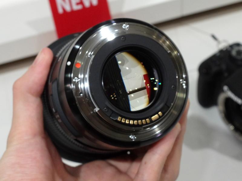 sigma-24mm-art-rear-lens