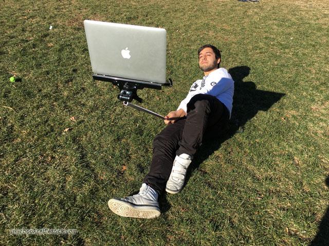 Macbook-Selfie-Stick-4
